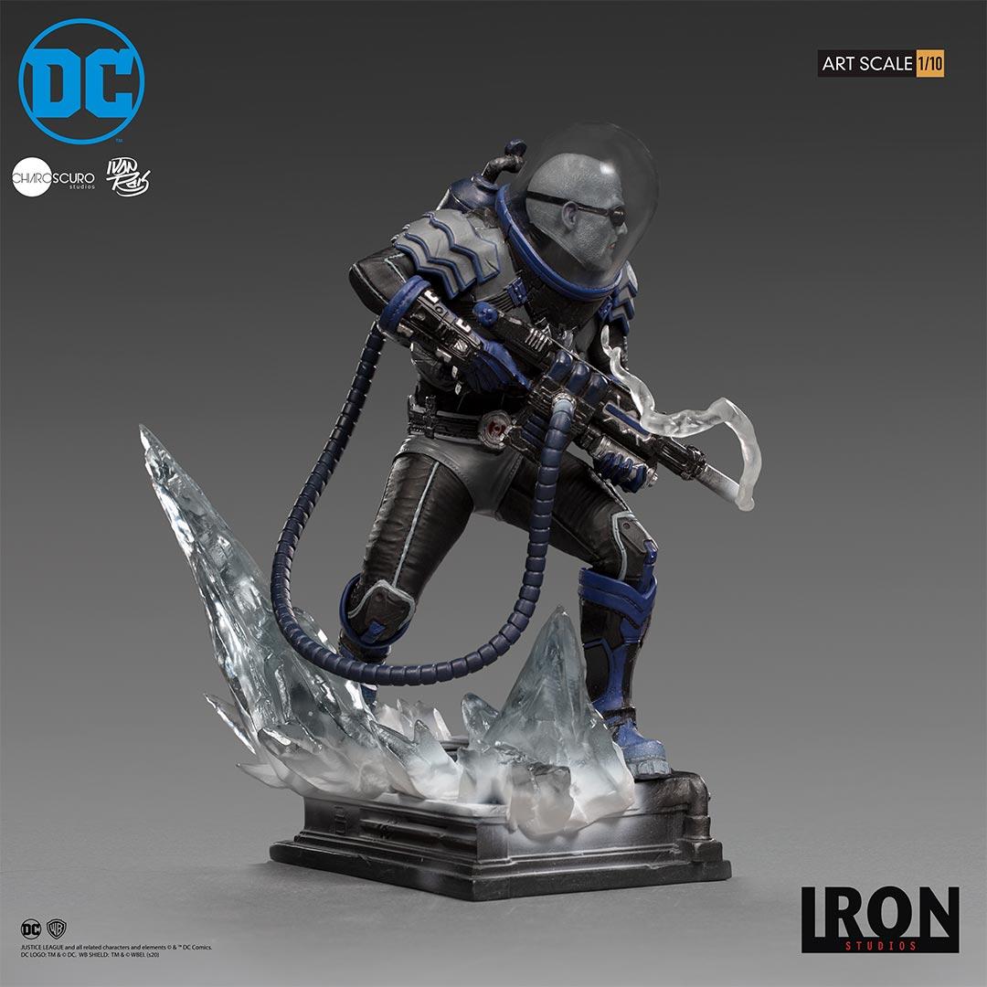 Mr. Freeze statue