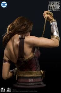 wonder-woman-staute-figurefun.com
