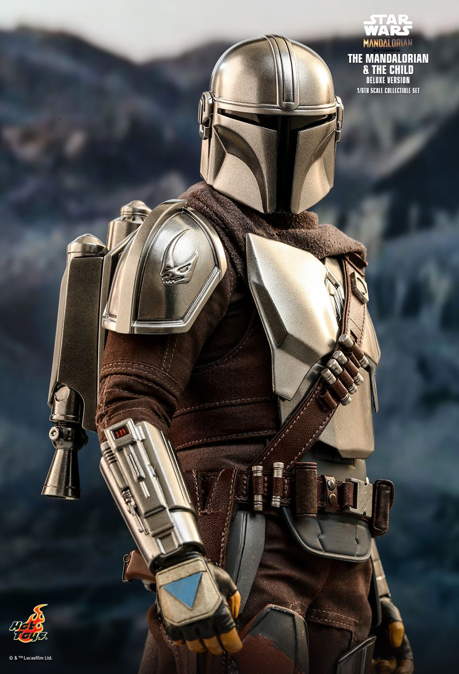 The Mandalorian Sixth Scale action Figure