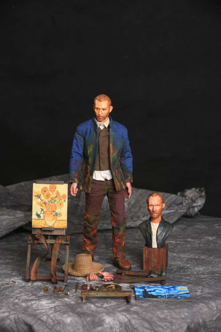 Vincent van Gogh action figure Exclusive Version