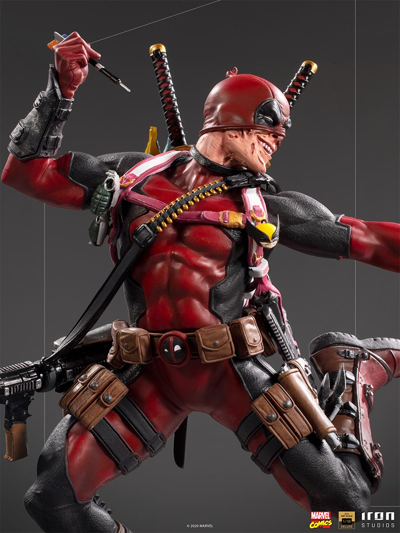 Iron Studios Deadpool statue