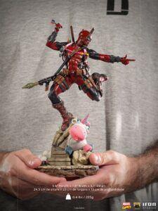 Iron Studios Deadpool statue