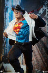 Superman Call to Action Premium Forma Figure